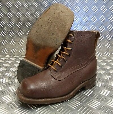 Genuine Vintage Leather Laced 1962 Brown 7 Hole Leather Sole Boots Size Eur 43