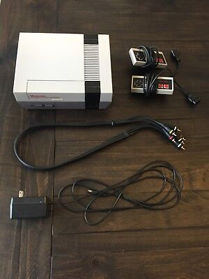 Classic NES Nintendo Entertainment System with Games