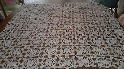 Vintage crochet Ecru table supper cloth 115cm x110cm