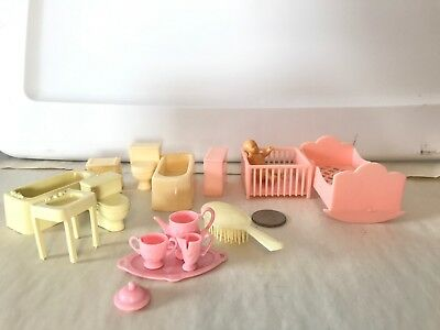 16 Pieces Vintage Plastic Doll House Dollhouse Furniture Some Marx