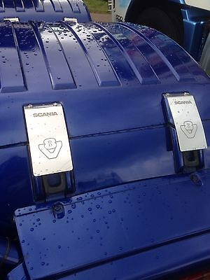 V8 Scania  stainless steel strap covers pk 4 Etched logo Inc Fixings