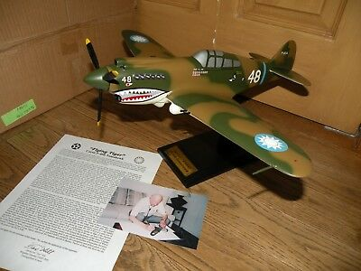WW2 CURTIS P-40B TOMAHAWK Signed by TEX HILL RARE pilot Huge 1/24 Scale