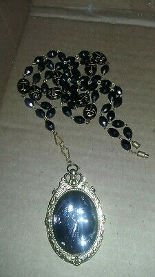Sale! Vintage Egyptian Neiger Glass Nefertiti Black Pendant Scarab Necklace Set!