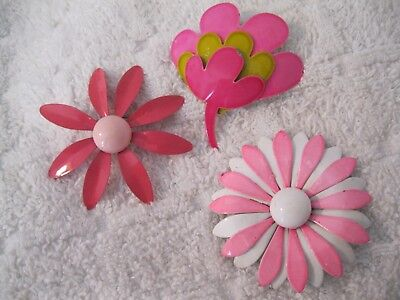 Lot Of 3 Vintage Shades Of Pink Enamel Flower Power Bridal Brooches Pin 1 Coro