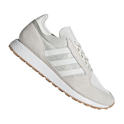 100% authentic f8086 068ab Adidas Originals Forest Grove Baskets en Gris Blanc Blanc