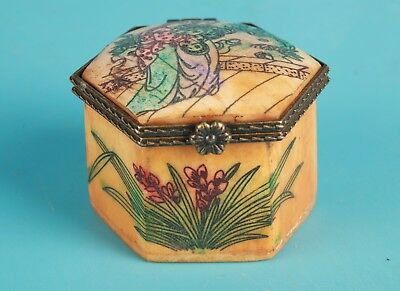 Precious Chinese Cattle Bone Jewelry Box Hand-Painted Beauty Decoration Gift