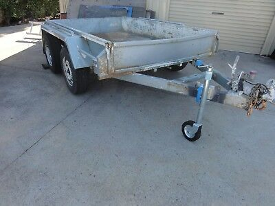 Europe 8' X 5' Heavy Duty Tandem Trailer. 12 Months Registration