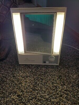 Vintage CLAIROL True-to-Light Makeup Mirror Evening Office & Day Settings