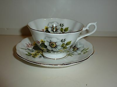 Royal Albert England Cup/Saucer, White/Yellow Flowers, Green Leaves, Gold Tone