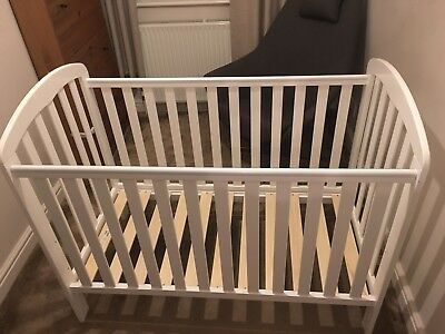 Obaby Lily Cot In White - Great Condition