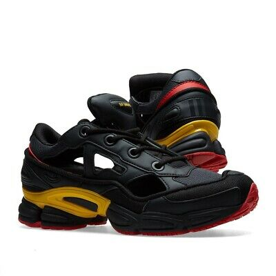 the latest 78073 3eed6 Adidas X Raf Simons Ozweego Replicant Belgium BLK   GOLD   RED BOX SET    SOCKS