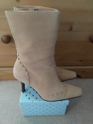River Island Beige Boots Size 5 (38)