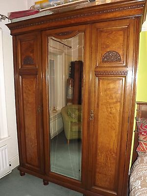 Shapland And Petter Arts & Crafts Wardrobe Reduced !! Late Edwardian Pollard Oak