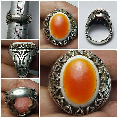 Very  rare old evil protecter goat eye  agate bead 9.25 silver ring