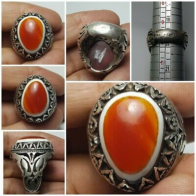 Very lovely rare old evil protecter goat eye  agate bead 9.25 silver ring