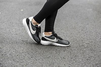 wholesale dealer ad06b 38677 Nike Roshe Ld-1000 Black Summit White Team Orange Wmn Sz 8.5 819843-005