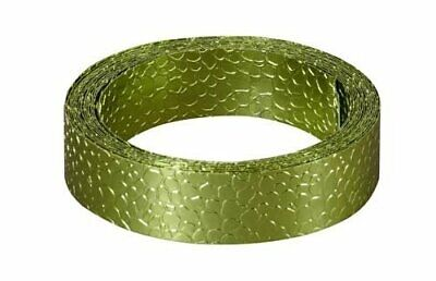 Apple Green Oasis Snakeskin Floral Wire