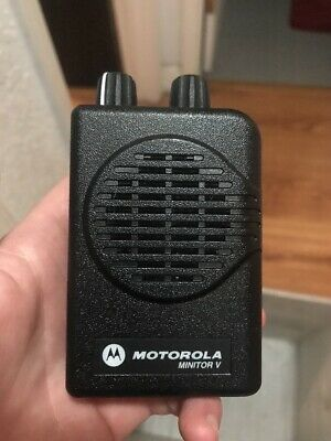 Motorola Minitor V Pager UHF 470-477.9 MHz Fire EMS Pager W/ Battery