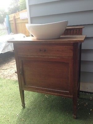 Antique vanity and Modern Basin??