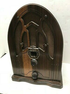 Jefferson small tube style cathedral radio - Lot F23