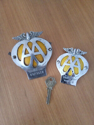 Automobilia Two Aa Badges And Two Aa Keys. Vehicle Parts & Accessories