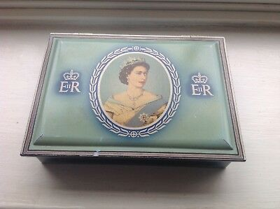Vintage Coronation Elizabeth 2nd Collectable Tobacco Tin - WD & HO Wills