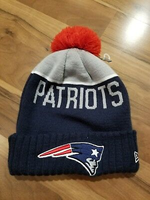 New England Patriots Players Sideline Knit Beanie Cap Hat NFL New Era Super  Bowl a7224b2e9