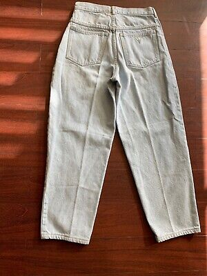 Vtg GUESS high Waisted Mom Jeans Light Wash Faded Blue Denim Size 29