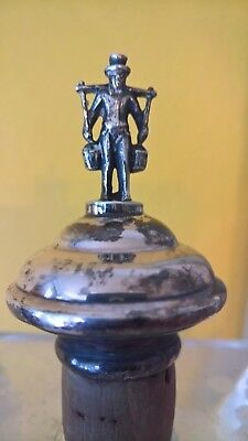 ?Victorian/ Georgian Silver topped 'water carrier' cork bottle stopper