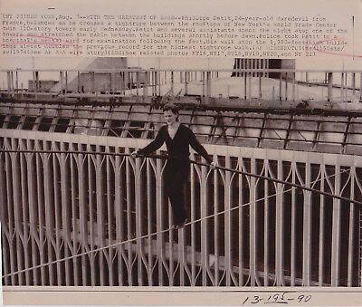 PHILLIPE PETIT Man on High Wire WORLD TRADE TOWER Iconic VINTAGE 1974 RARE photo