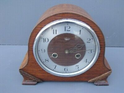 Vintage Smith's 1920's/30's Oak 8 day mantle clock (working)