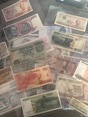 Huge Bulk Lot Of  Mixed World bank Notes Total 25 Uncirculated To Circulated