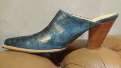 Womens Vintage 80s Spanish Blue Gold Suede Wooden Western Croc Pattern Clogs 38