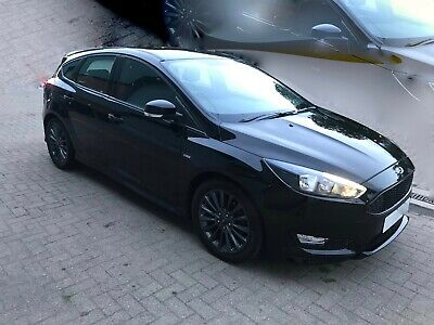 Ford Focus 2016 ST-Line 1.5TDCI 120ps 5dr - Shadow Black