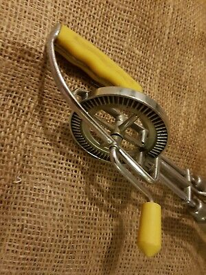 "Vintage ""canary"" Rotary Egg Beater - Good Working Condition"