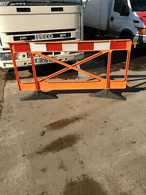 20 Plastic Safety Barriers Site Road Works Traffic Management JOB LOT