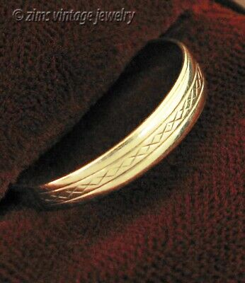 Vintage old ART DECO 14K yellow Gold etched Engraved X wedding Band RING size 9