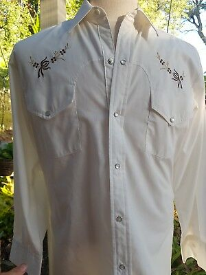 Vintage Mens Western Shirt With Embroidered Yoke Pearl Snap Buttons Long Sleeve