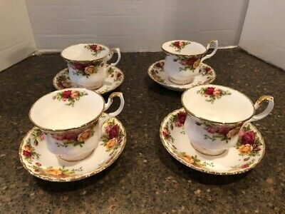Royal Albert Royal Doulton Old Country Roses 1962 Set Of 4 Cups & Saucers