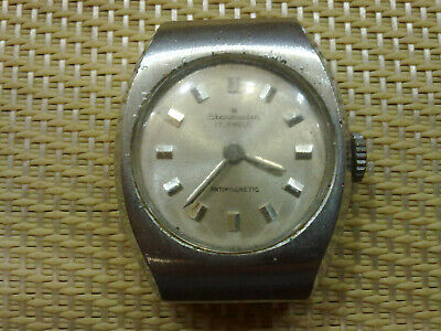 Vintage Old  women Wrist Watch