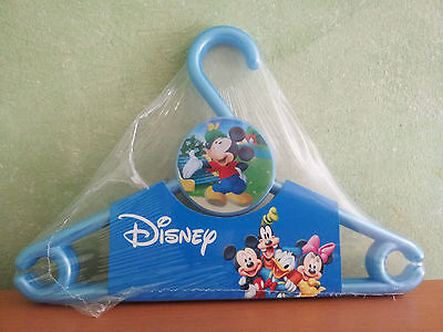 Pack De Tres Perchas Disney