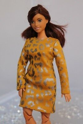 №140 Clothes for Curvy Barbie Doll Blouse and Leggings for Dolls.