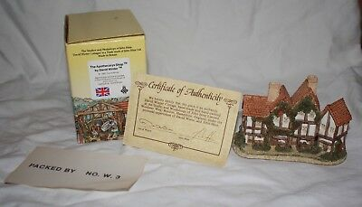 David Winter Apothecarys Shop Cottage Vintage 1985 Cottage Made In Great Britain