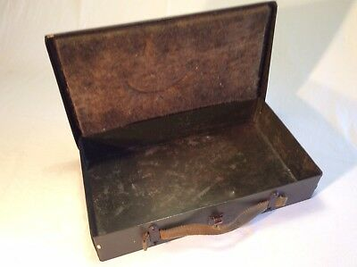 WW2 1943 Case,Stamp Makes on Lid, For ,Case Spare Valve.