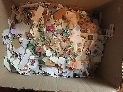 Pack of 50 USA & Canada Stamps - lucky dip