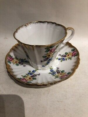 Vintage Royal Standard Fine Bone China England Tea Cup & Saucer Set Floral Gold