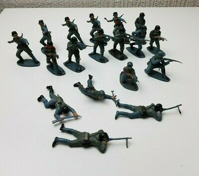 WW2 Vintage Airfix 1/32 German Infantry Painted Toy Soldiers x18