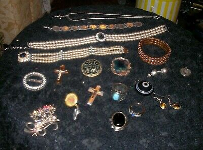 Job lot of 20 vintage jewellery items and collectibles including Sterling Silver