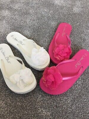 Women's Flip Flops X 2 Pink And White Size 5-6 Uk Pre Owned