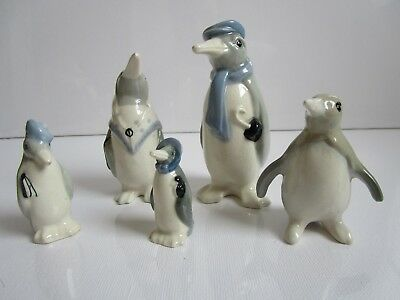 Wade early Penguin Family of 4 pieces - circa 1940 - 1950s plus extra penguin